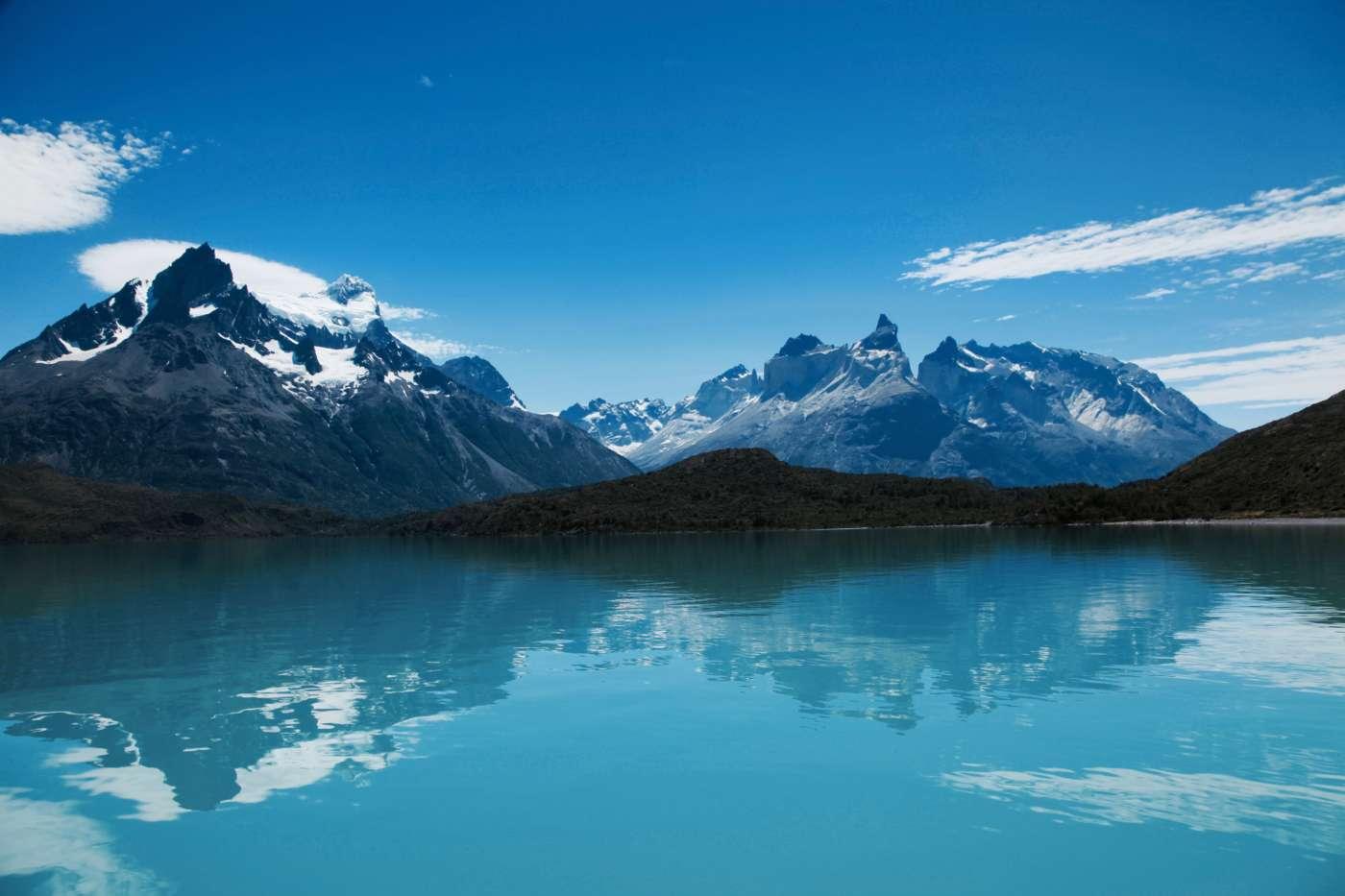 Lake_Pehoe_chile