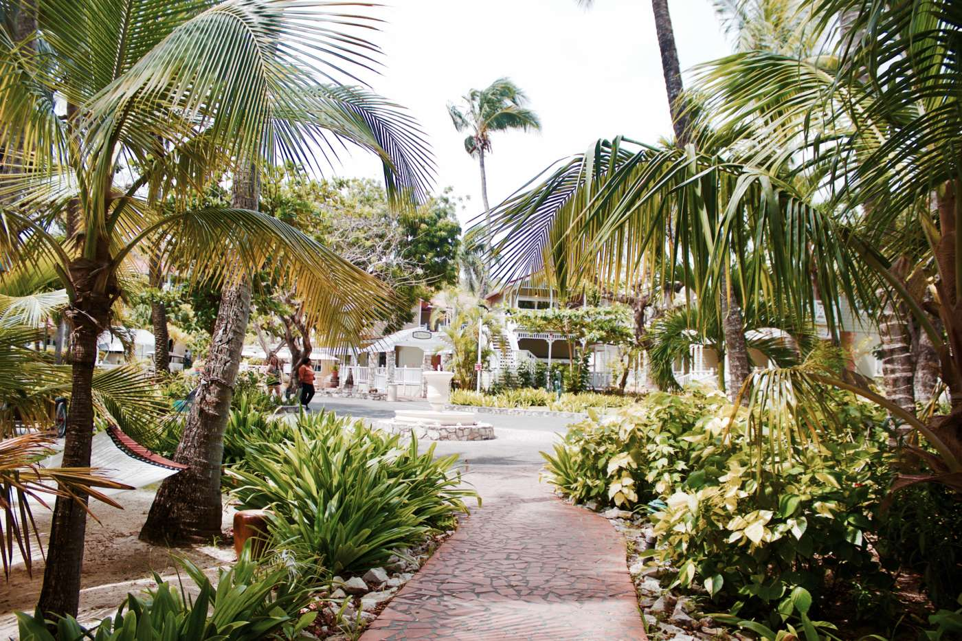 pineapple-beach-club-longbay-antigua