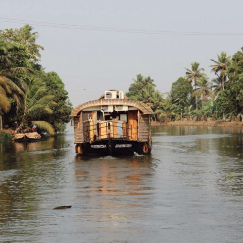 houseboat-alleppey-india